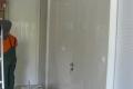 Dnevna-MDF-glanc-gredi-tavan-tapetni-vrati_3